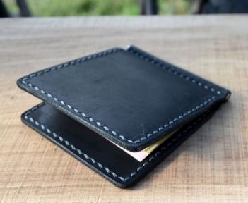 Чорний зажим для грошей з двома внутрішніми кишенями для кредиток Mr.Falke