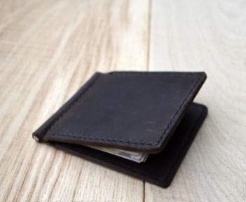 Коричневый зажим для денег с внутренними карманами Mr.Falke