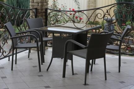 Комплект: стіл  розбірний (1000 мм.) і 4 стільці