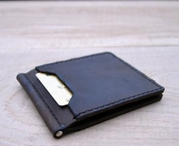 Коричневий зажим для грошей із зовнішніми кишенями Mr.Falke